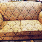 goldpaisleycouches2