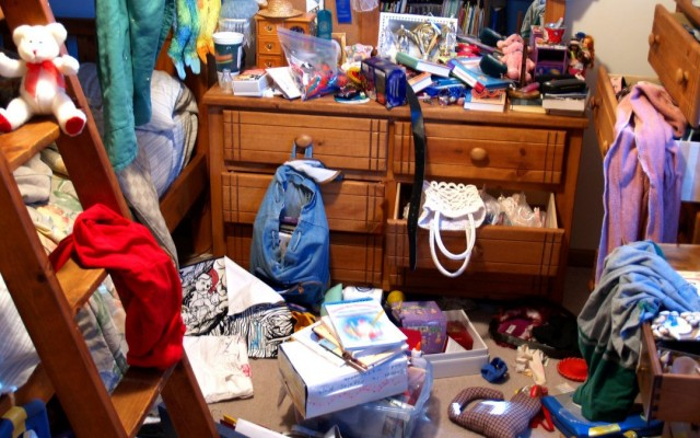 Decluttering Your House: The Benefits